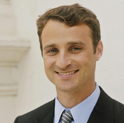 Dr Robert Nason MD is a Pediatric Otolaryngologist